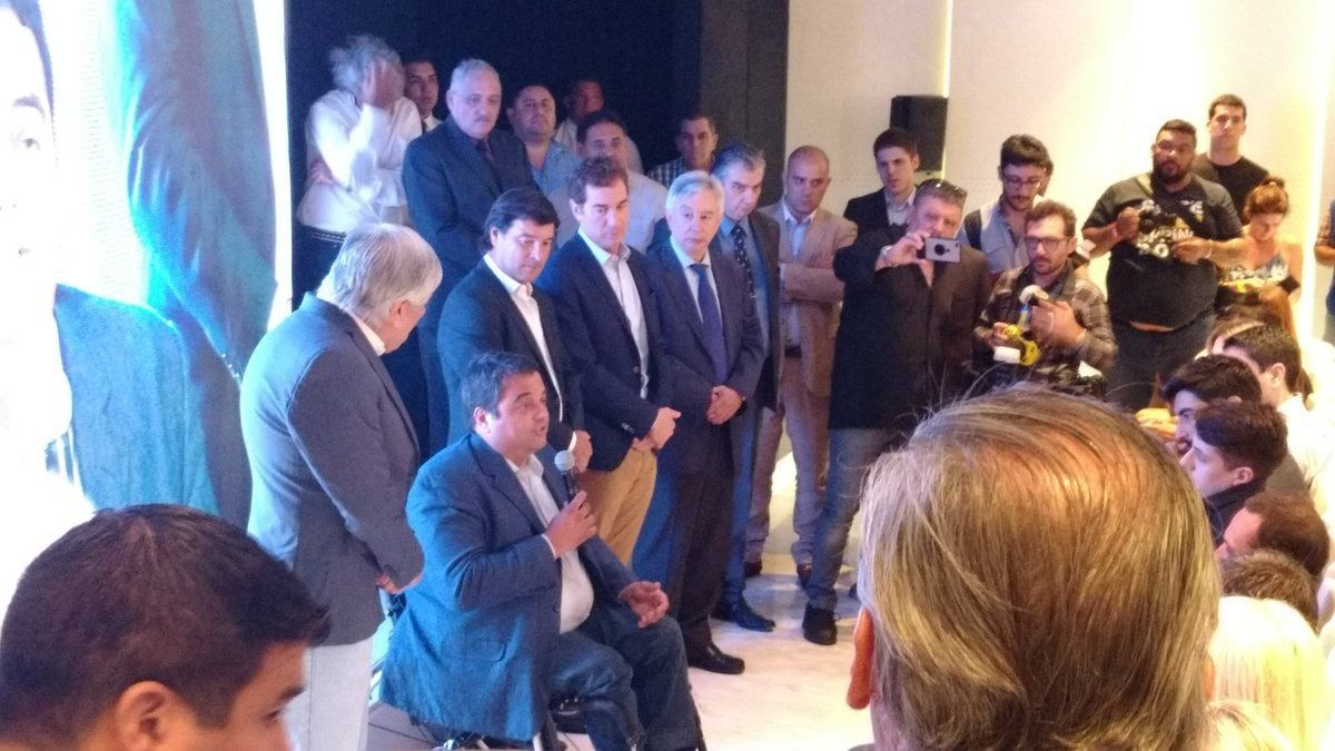 Moyano inauguró un sanatorio: no invitó a Macri ni a Vidal