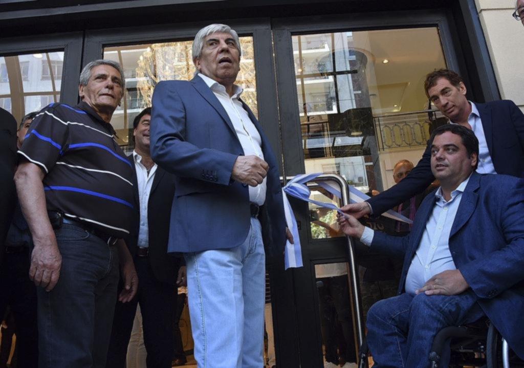 Hugo Moyano: investigan pagos millonarios entre empresas del sindicalista y Camioneros