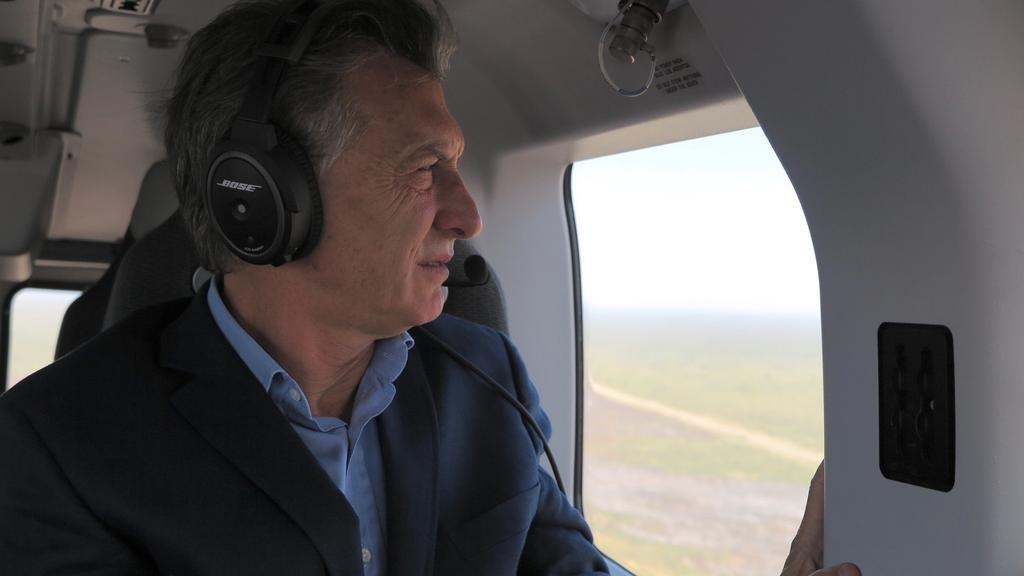Macri sobrevoló los incendios en Mendoza: