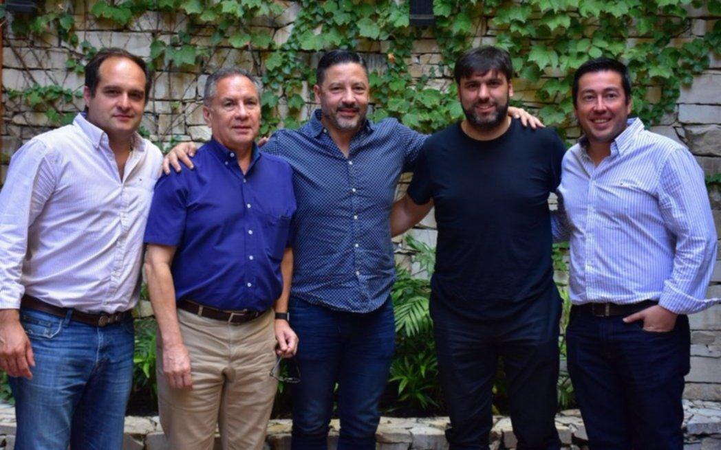 Cumbre del PJ convocó a Menéndez, Bossio e intendentes bonaerenses