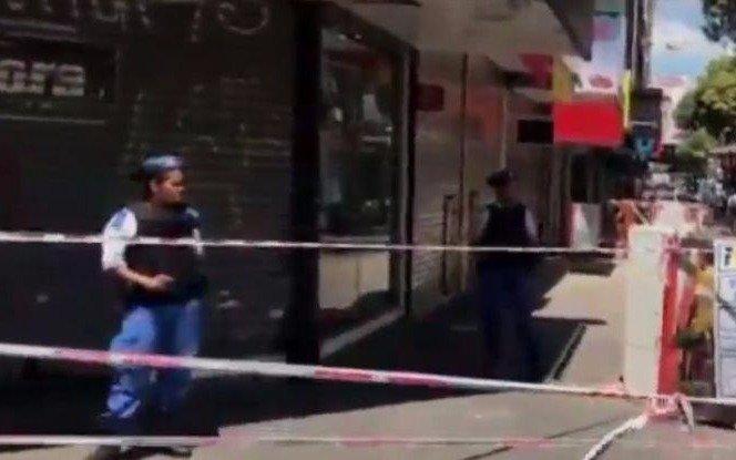 Terminó la toma de rehenes en Quilmes: el delincuente se entregó