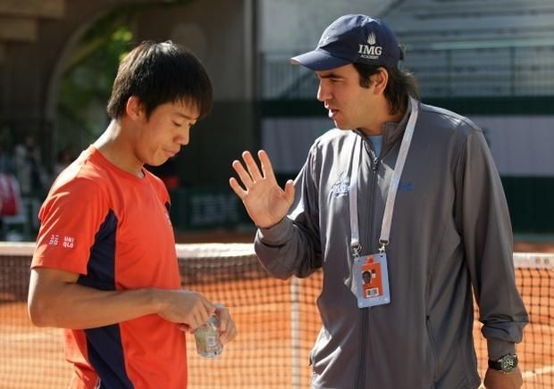 El entrenador argentino de Nishikori elogió el año de Delpo