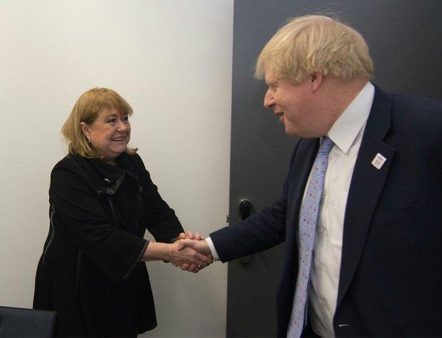 Malcorra se reunió con su par británico en Alemania