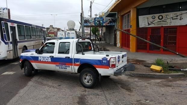 La Matanza: acribillaron a un policía en la entrada de la casa de su novia
