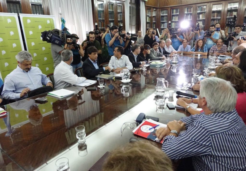 Docentes de provincia argentina deciden extender paro