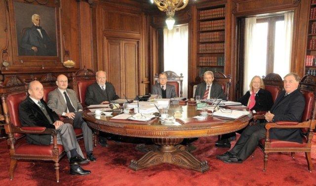Candidatos y especulaciones sobre las sillas de la Corte