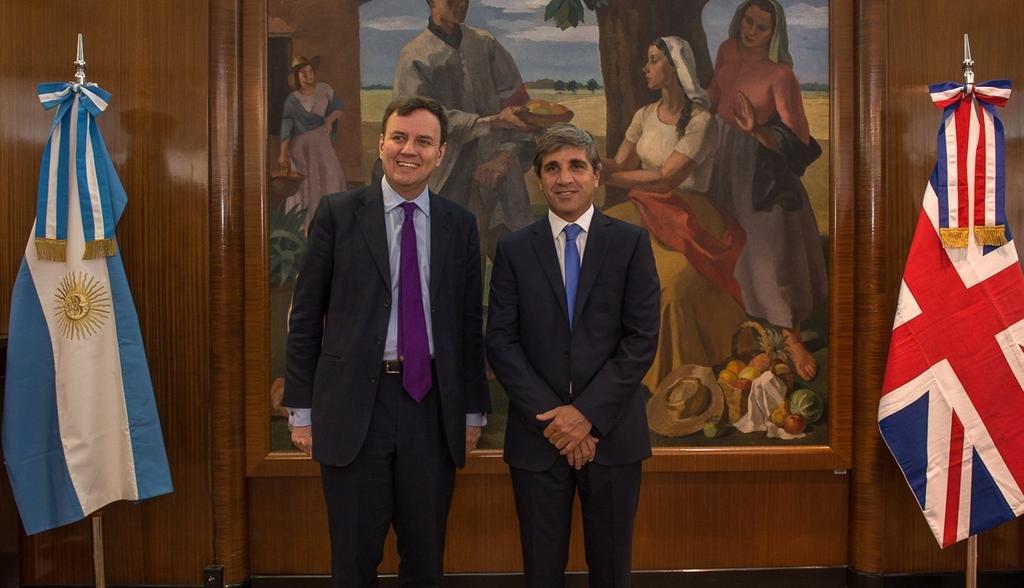 Apoyo financiero de Inglaterra a Argentina para importar bienes