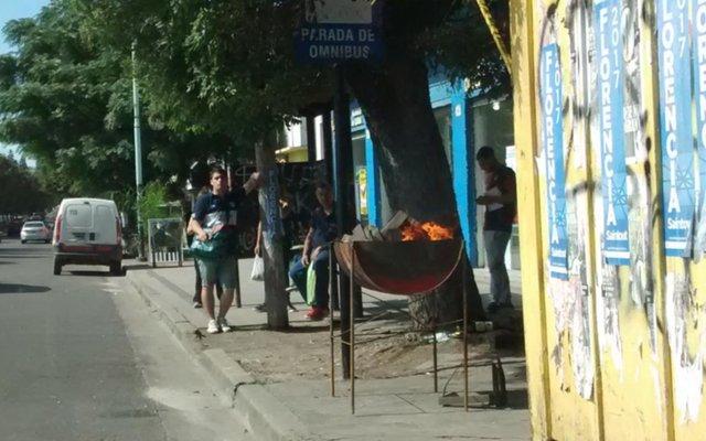 No aflojan las parrillas ilegales en el casco urbano de la Ciudad