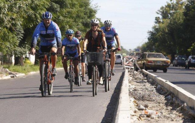 Ciclistas reclaman que se haga la bicisenda en el tramo de avenida 72 de 131 a 137