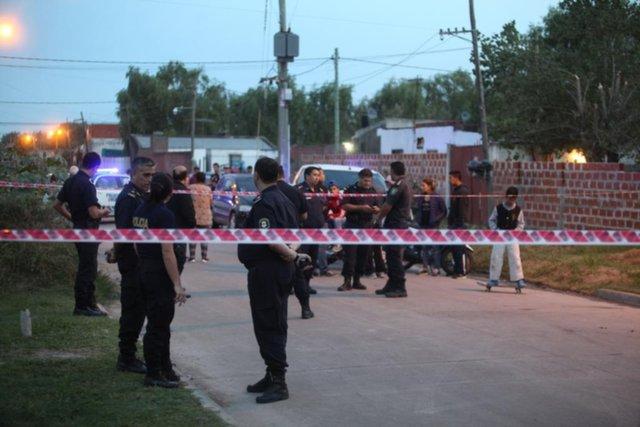 Estupor en El Carmen: hallan muerta a balazos a una pareja de policías