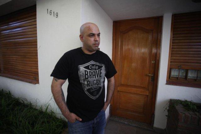 Golpean y amenazan con fusilar a un carpintero en el barrio La Loma