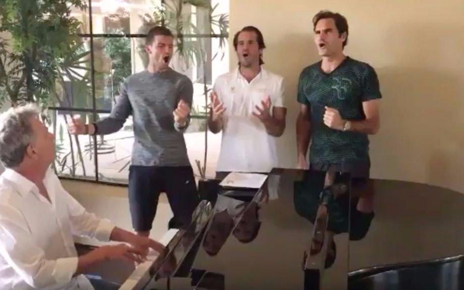 Federer sorprende con su nuevo hobby: canta y piensa formar una banda