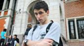 Fausto, el alumno autista que termina la secundaria