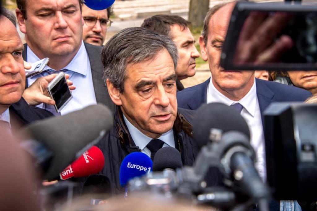 Ajustada carrera por la presidencia en Francia