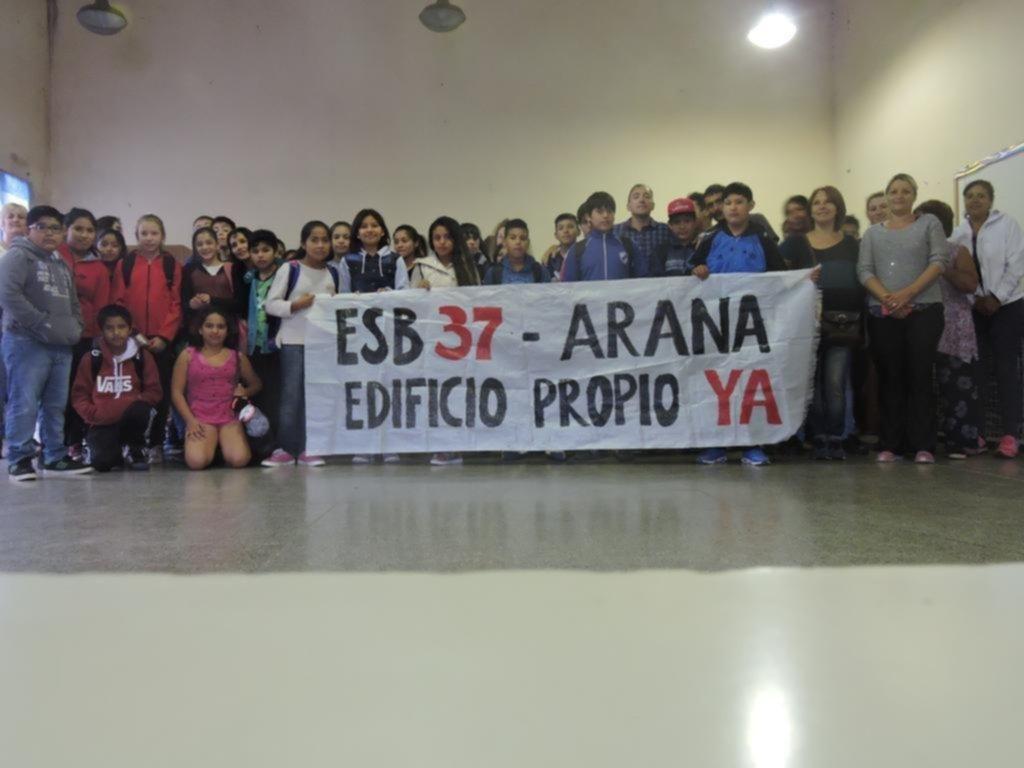 Escuela 37 denuncia quita del 50% de los cupos de comedor y Educación lo niega