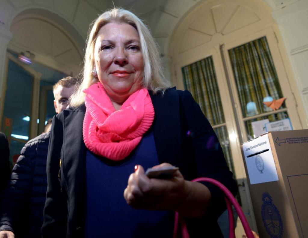 Carrió confirmó su candidatura y apuntó contra Lousteau