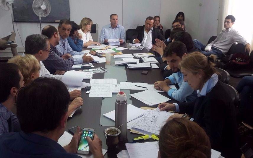 Concejales ya analizan en comisión la rendición de cuentas municipal 2016