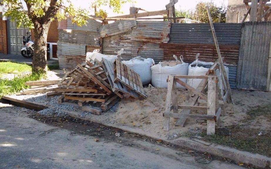 Problemas con los escombros de una obra en construcción