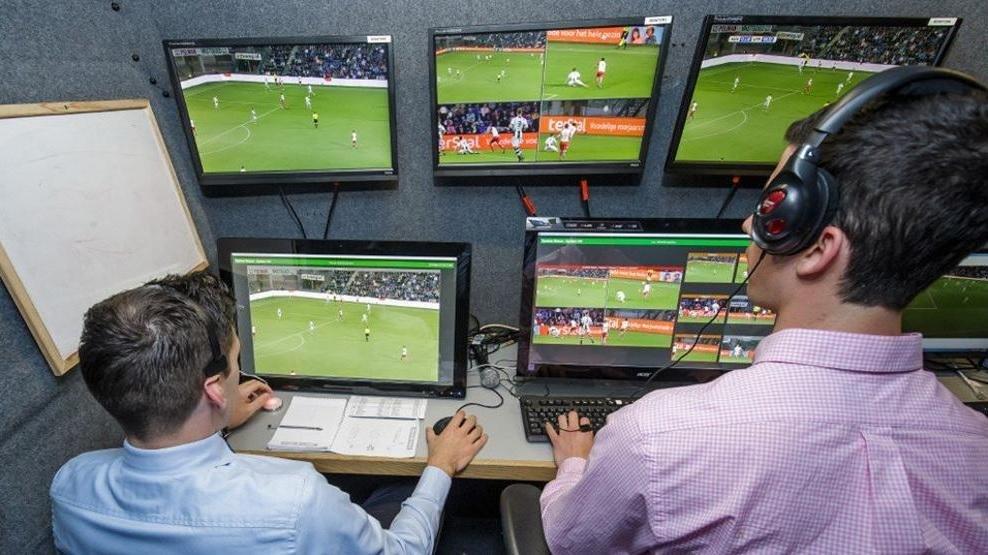 La Copa Confederaciones tendrá árbitros argentinos y colombianos