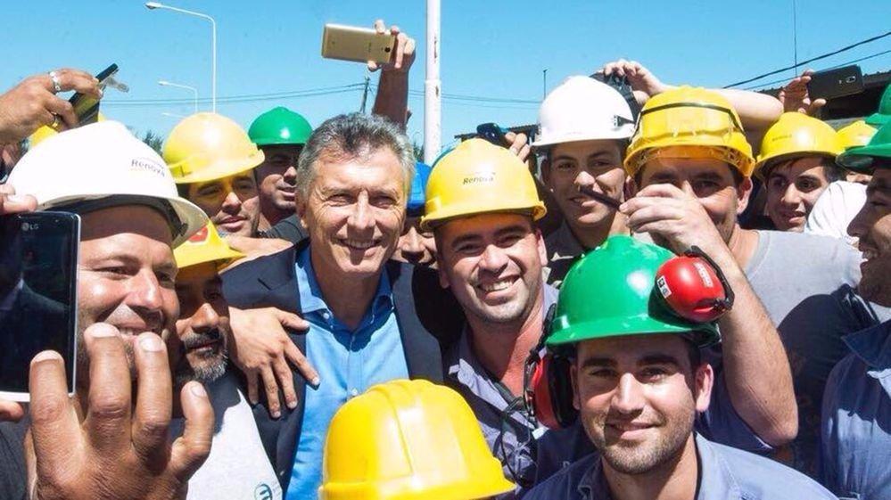Así Macri pasará de plan social a empleo subsidiado — Sistema de empalme