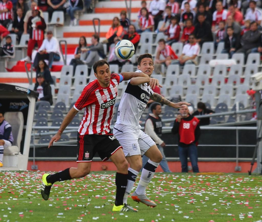 Con gol de Damonte, Estudiantes le ganó el clásico a Gimnasia