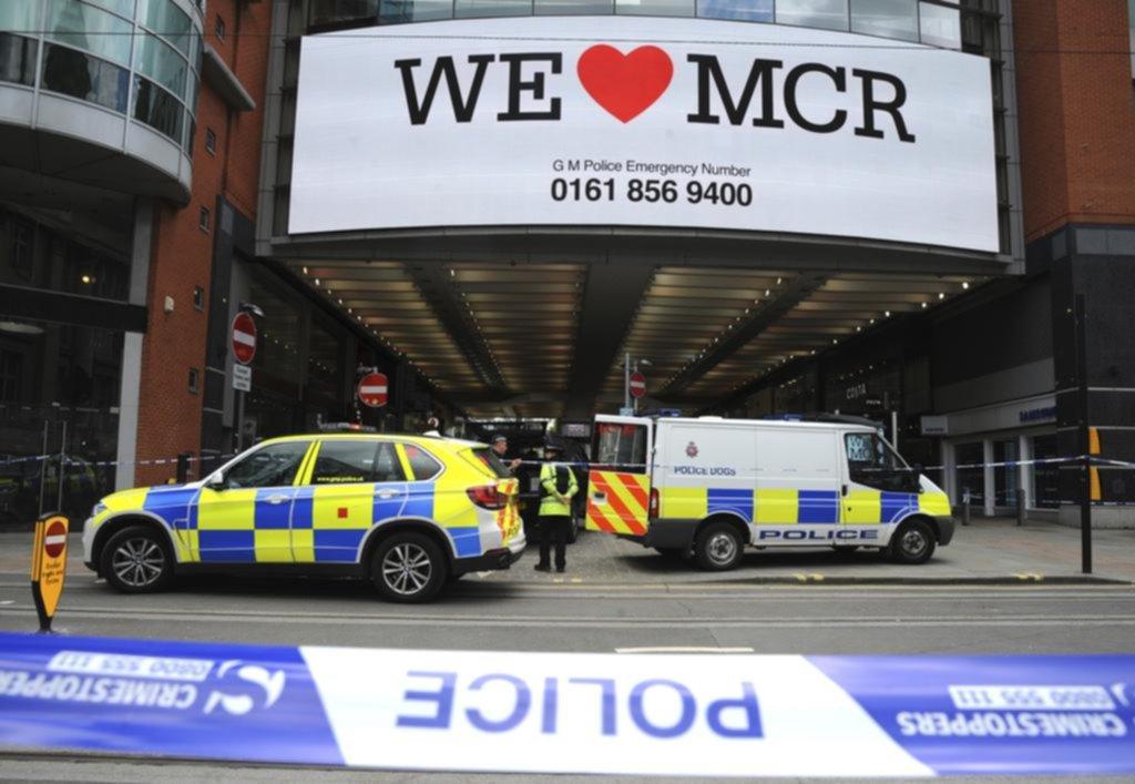 Tres nuevos arrestos en Manchester relacionados con atentado terrorista