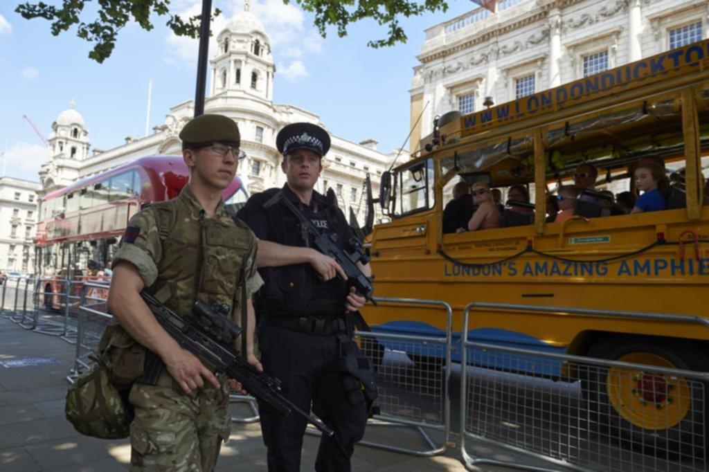 Ariana Grande dará un concierto a beneficio en Manchester tras el atentado