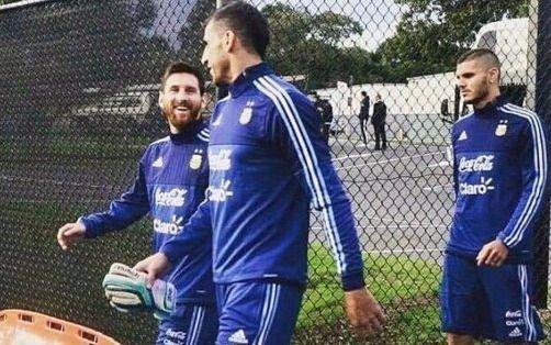 Messi entrena bajo las órdenes de Sampaoli