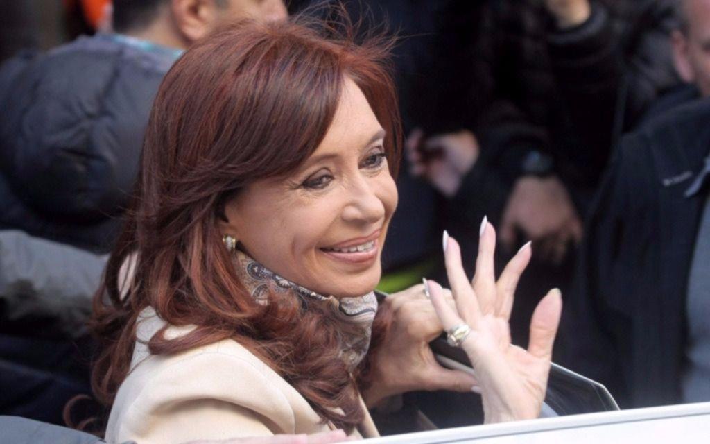"""Las burlas que recibió Cristina por el logo de su nuevo frente"""""""