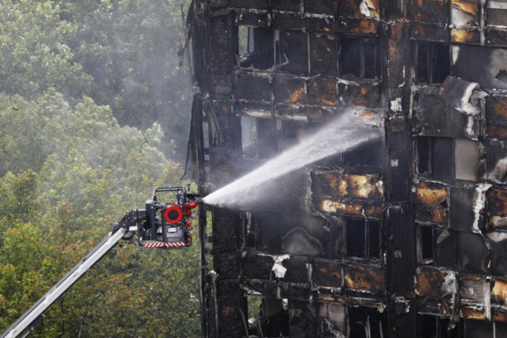 Ya son 30 las víctimas mortales en la torre Grenfell