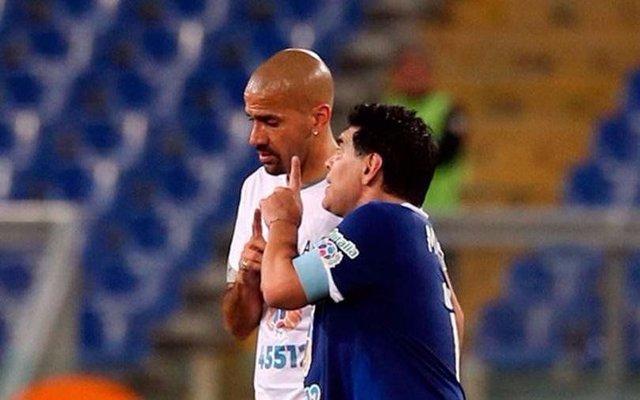 """Diego volvió a atacar a Verón: """"que haga la lista de Inglaterra"""""""