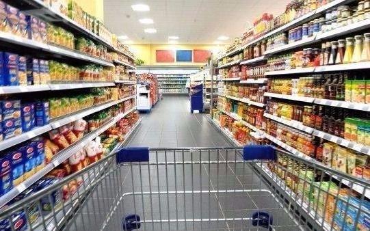 Ventas en supermercados cayeron 1.7% y en shoppings 8.9% durante abril