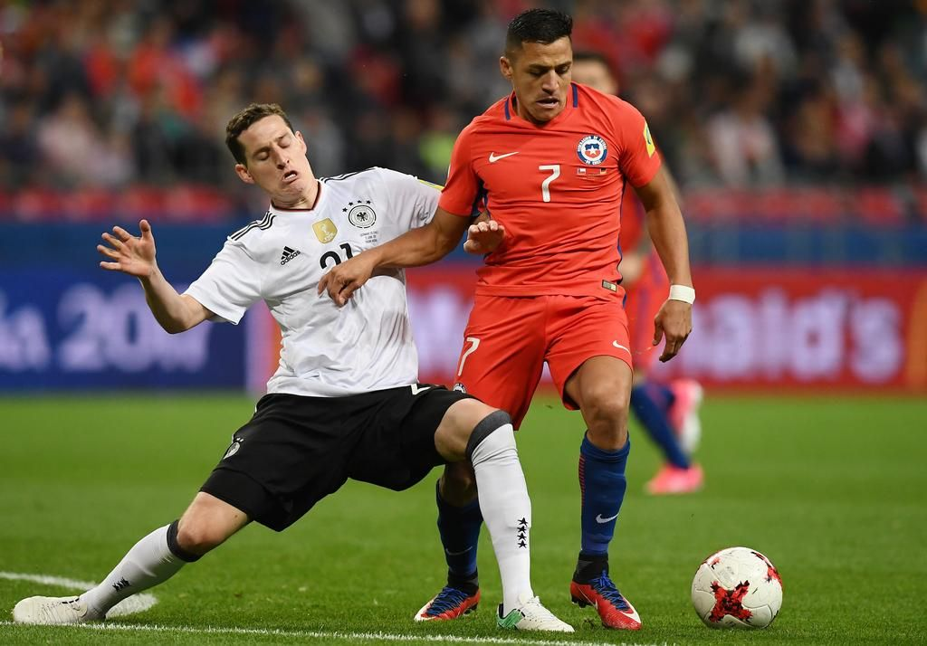 Chile clasifica a las semifinales de la Copa Confederaciones con un empate