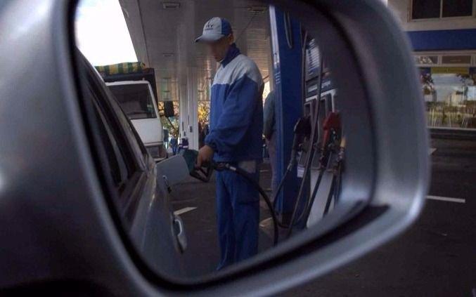 Desde este sábado, las naftas suben 7,2% y el gasoil 6%