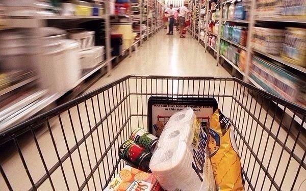 Cayeron 1,4 por ciento las ventas minoristas — Junio
