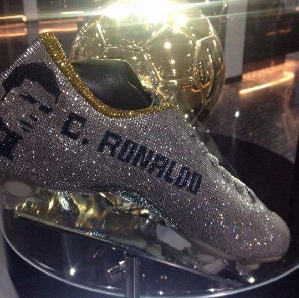 Cristiano Ronaldo cuenta con los botines más caros del mundo