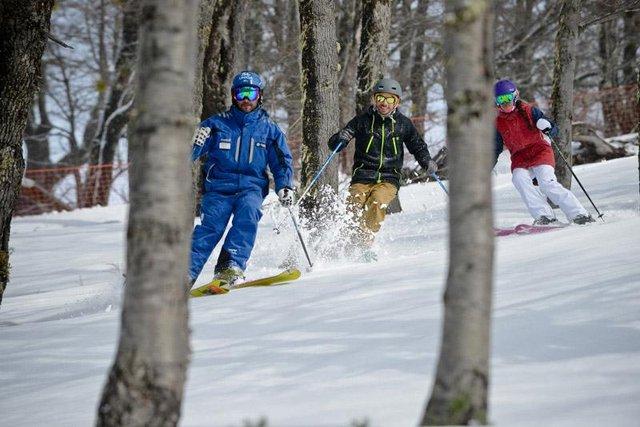 En los principales centros de esquí, las nevadas hacen felices a todos