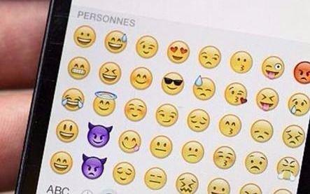 Cientos de miles de usuarios de Internet celebran el día mundial del emoji