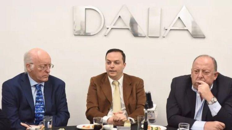 La DAIA pide avanzar con los juicios en ausencia