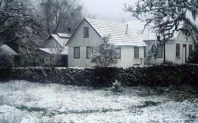 La ola polar superó los límites de Argentina: nevó en Brasil