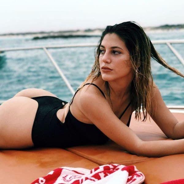 Romina Malaspina, ardiente en las playas de Ibiza