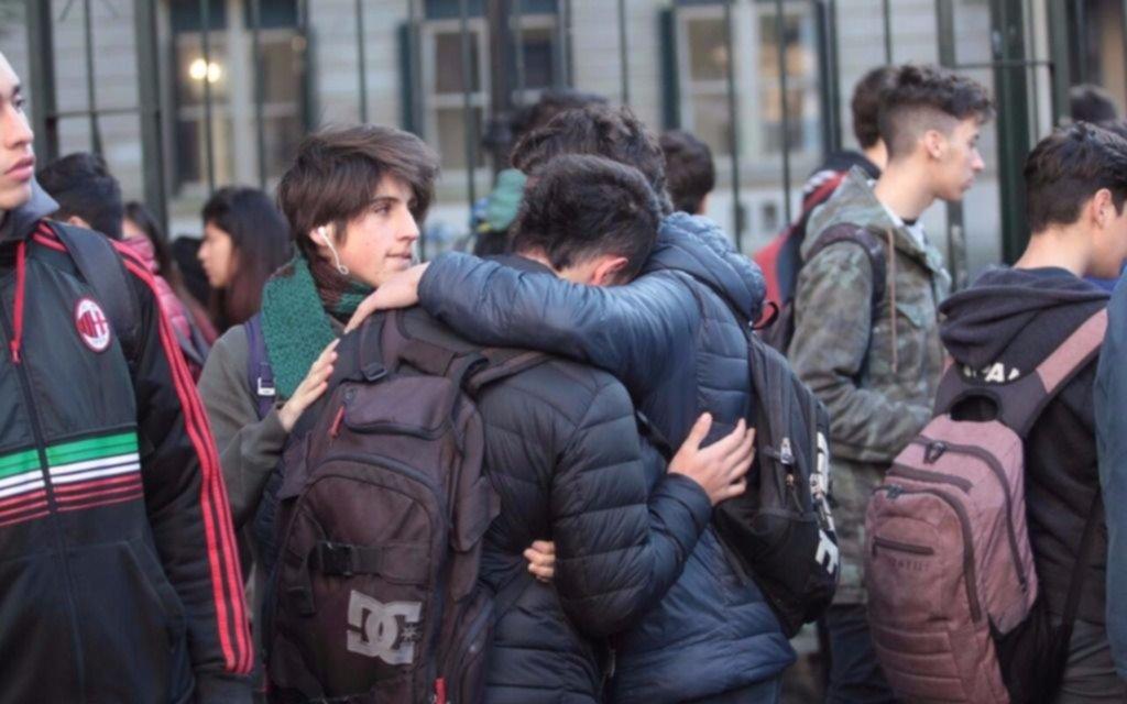 Adolescente de 15 años intentó suicidarse estando en clase en La Plata