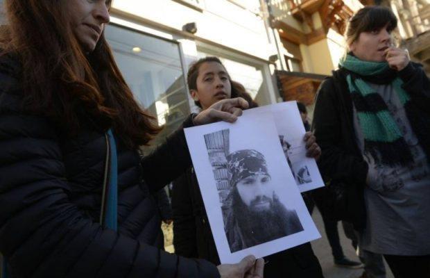 Allanaron las oficinas de Gendarmería en Esquel — Caso Maldonado