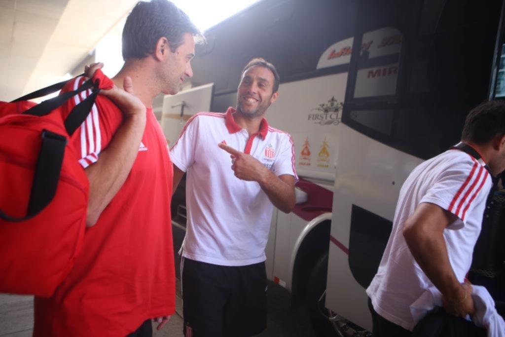 Se va para Uruguay a la espera del amistoso