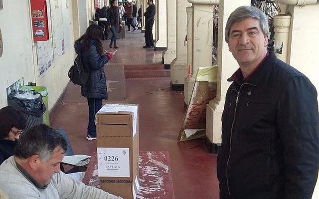 """Audio: Votó Mor Roig y dijo que aguardan """"tener un lindo comicio y con la gente expresando libremente"""""""