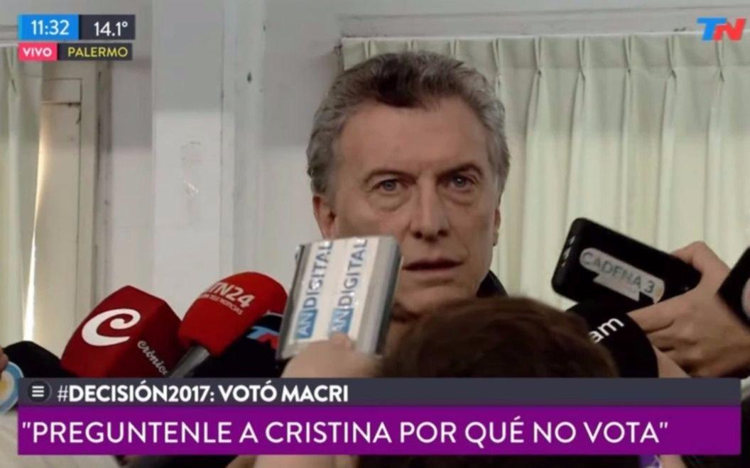 Macri fue a votar luego de conocer las primeras cifras de participación