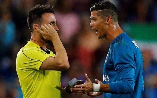 Cristiano Ronaldo se queja de persecución en su contra