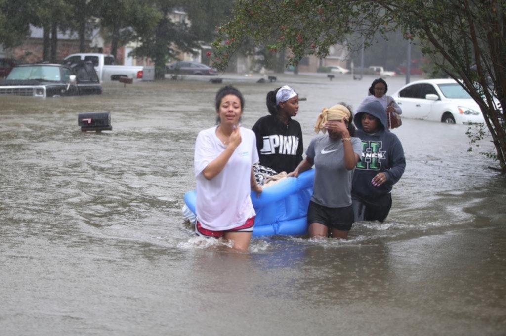 Trump viaja a Texas para evaluar daños por Harvey