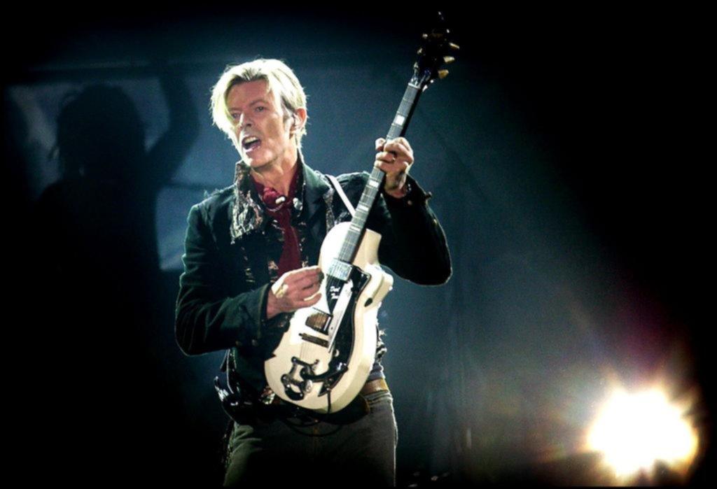 David Bowie supera las mil millones de reproducciones en Spotify