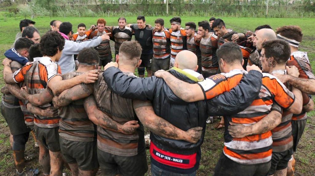 Un jugador de rugby murió por un golpe en pleno partido